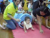 2011/6/18校園活動            寶寶爬行比賽