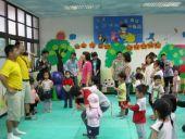 2011年4月19日校園活動  寶寶滾大球賽